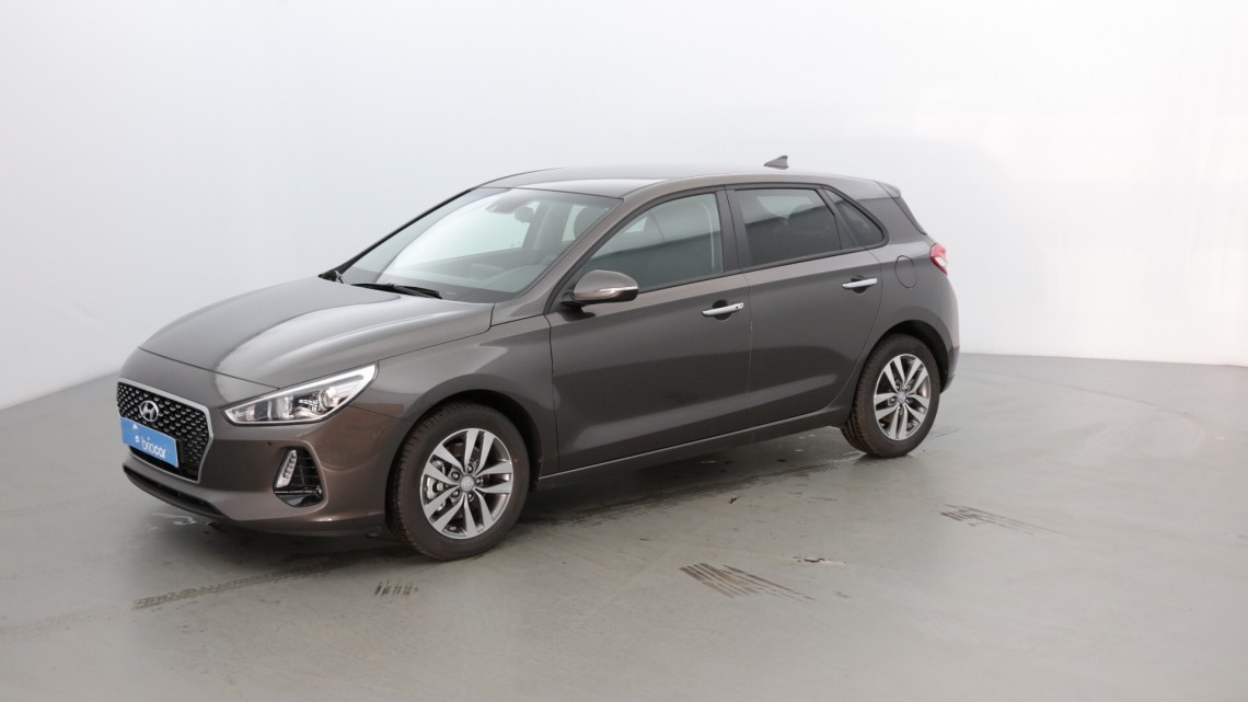 hyundai i30 t-gdi  essence  120 cv techno pack moon rock occasion - 2018 - 15980 u20ac